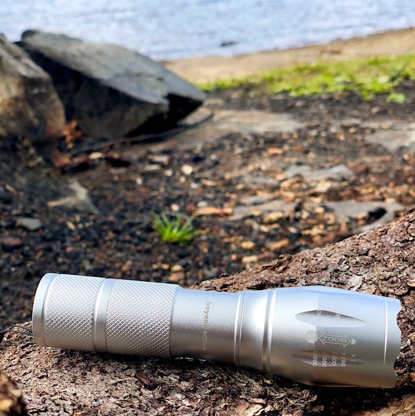 Tactical Flashlight - Lommelykt